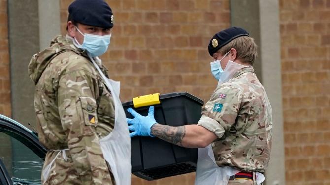 Британската армия има готовност при нужда да доставя по сто