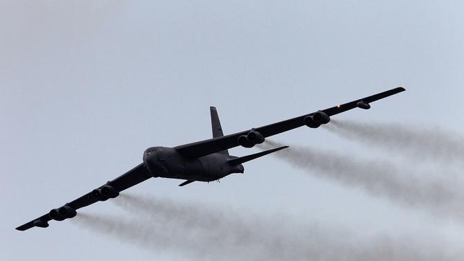 САЩ изпратиха бомбардировачи към Персийския залив