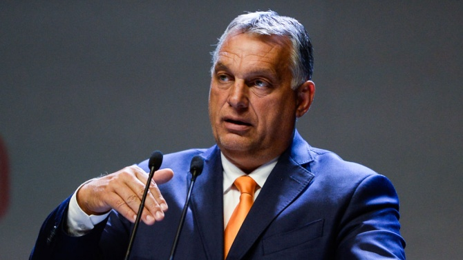 Виктор Орбан се отказа от руската ваксина