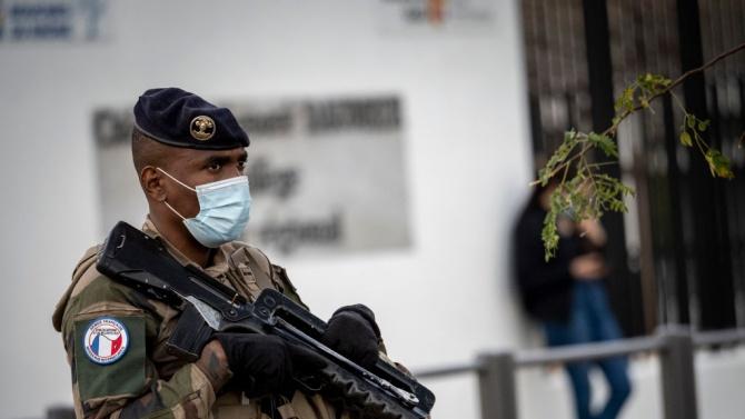 Франция каза, че вероятно ще намали броя на военните си в антиджихадистката операция в Сахел