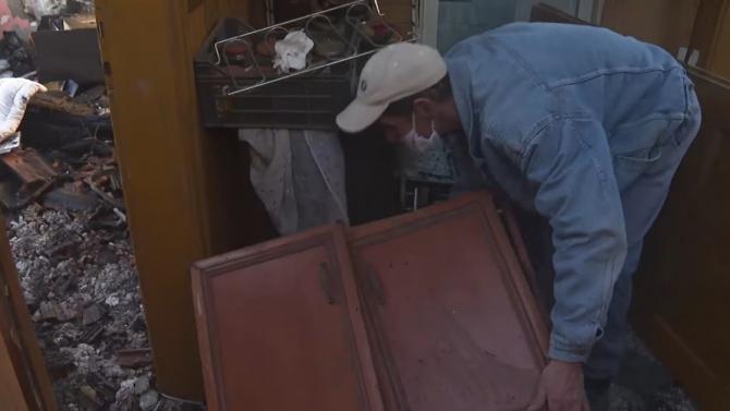 Вижте видео от унищожената от пожар къща. Помагат на пострадалите