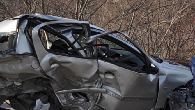 Меле на път край Твърдица, шофьор загина