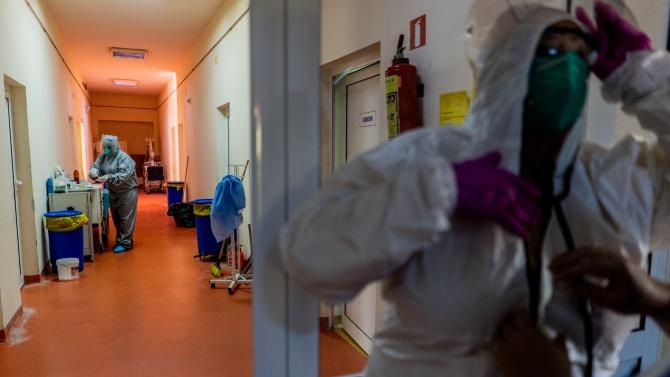 COVID-19 уби 5 души за денонощието в Монтанско