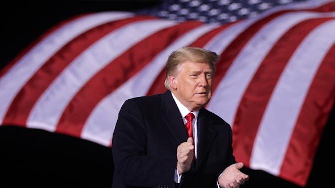 """Иран се обърна към Интерпол за издаване на """"червена бюлетина"""" за арест на Тръмп"""