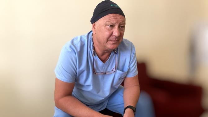 С уникална операция спасиха от ампутация ръката на пациентка
