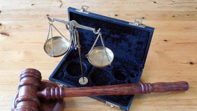 Рецидивист е предаден на съд за грабеж над жена в гр. Рила