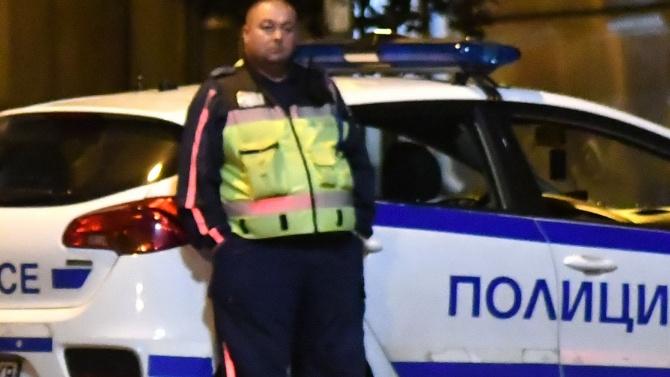 Шофьор осуети полицейска проверка и блъсна патрулка
