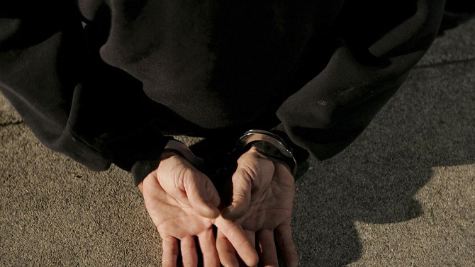 Арестуваха мъж за серия кражби