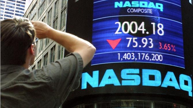 """Спад на Nasdaq100 с над 2% заради очертаващата се """"синя вълна"""" в Сената на САЩ"""