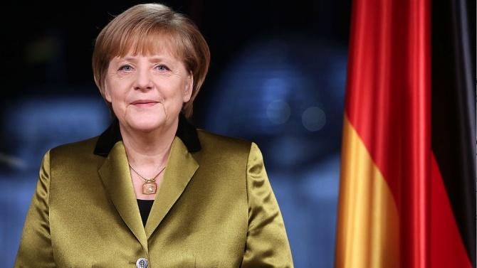 Меркел се оттегля и не е ясно кой ще я замести