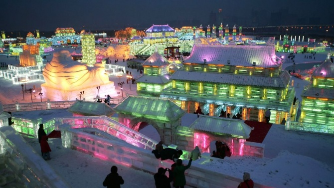 Фестивалът на ледените скулптури беше открит в Китай