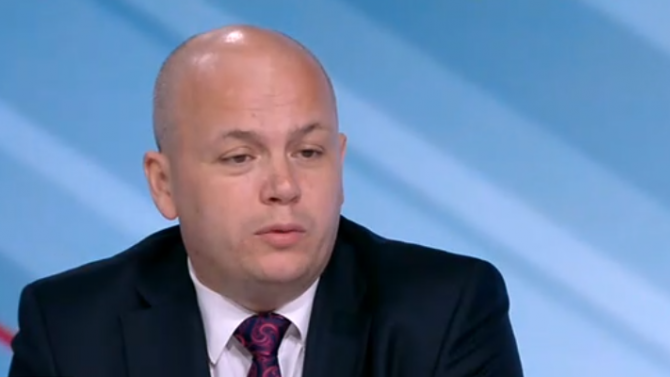 Скандалите в БСП продължават, Симов нападна Гергов: Той е котва, която тегли партията надолу
