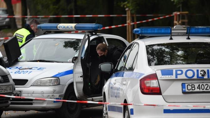 Все още издирват стрелеца, ранил жена в новогодишната нощ в Ловеч
