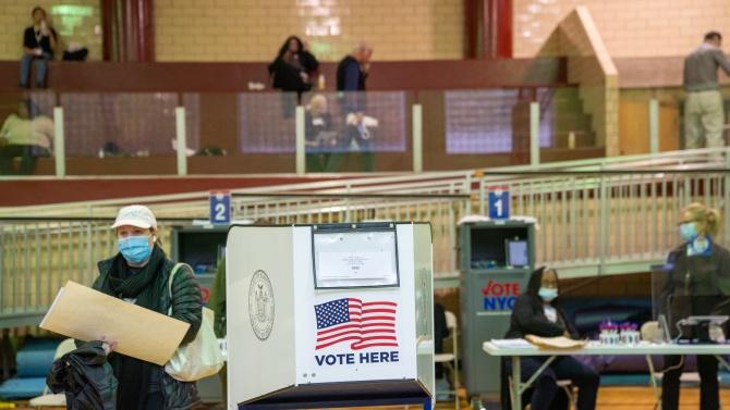 Конгресмени републиканци оспорват резултатите от изборите в Аризона