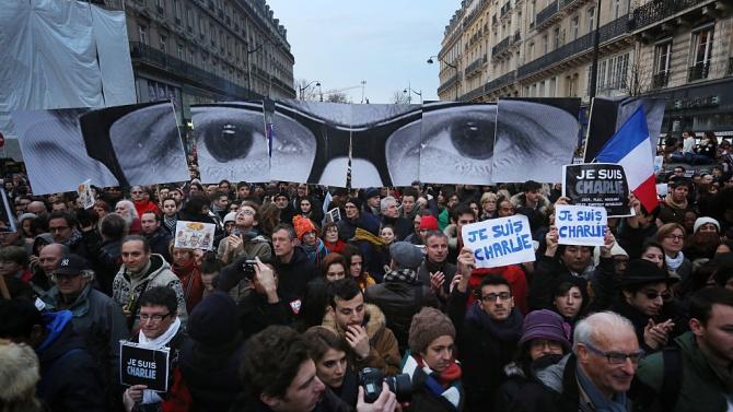 Франция отбеляза шестата годишнина от атентатите в Париж от януари 2015 г.