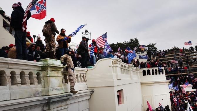 Симеон Дянков разкри възможен ли е импийчмънт на Тръмп след щурма в Капитолия