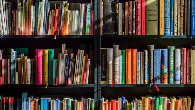 Книгите в библиотеката в Разград вече се дезинфекцират