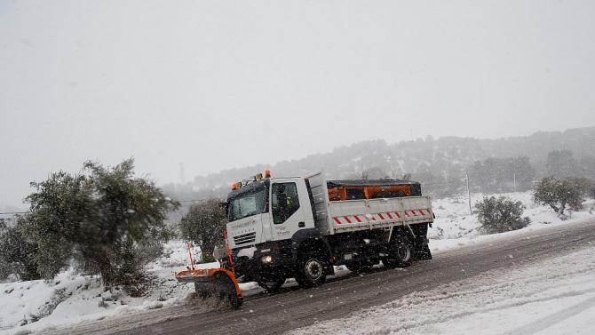 Снежна буря блокира Мадрид, рекордно ниски температури в Испания