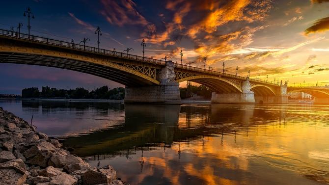 """На ГКПП """"Видин-Дунав мост"""" временно е преустановено движението на изход от страната"""