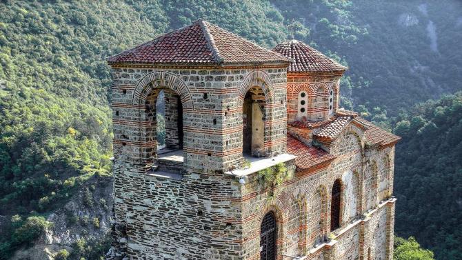 Асеновата крепост посрещна близо 1 300 души за три дни