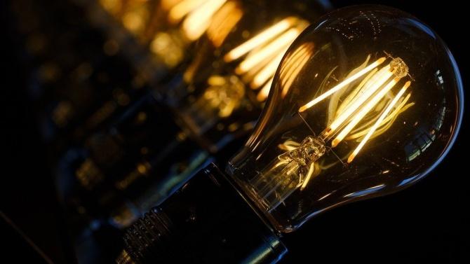 Във Враца и в Мездра десетки домакинства са без ток