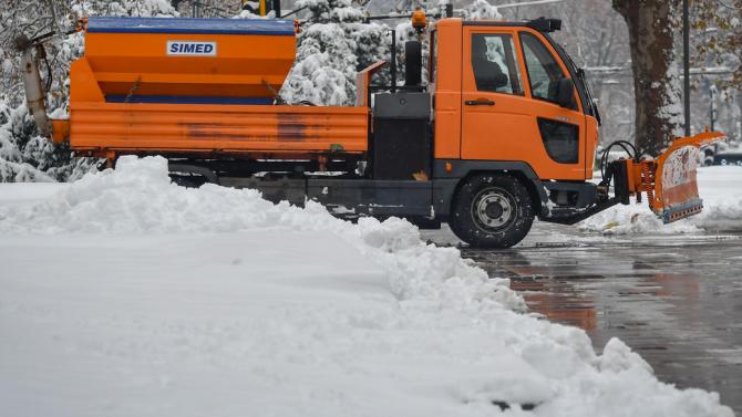 13 села във Видинско са без ток заради падналия сняг