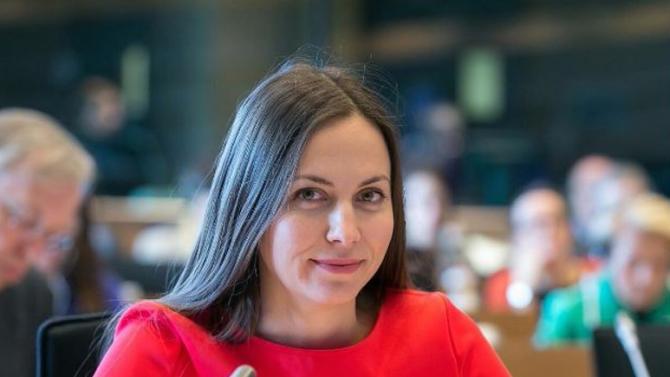 Ева Майдел: България вече има качествена стратегия за финансова грамотност
