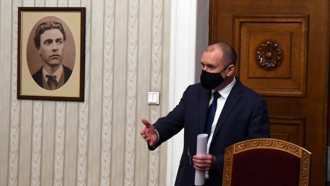 Румен Радев призова за активно гласуване от българите в чужбина
