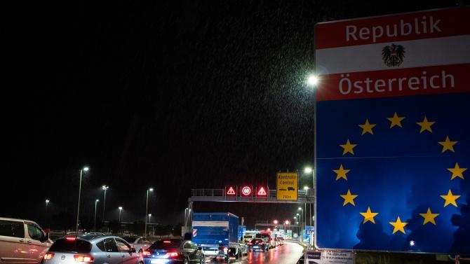 От петък Австрия въвежда задължителна онлайн регистрация преди влизане в страната