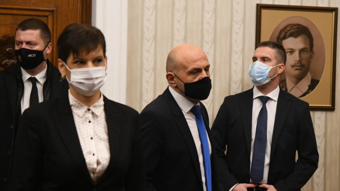 Томислав Дончев посочи два варианта на гласуване