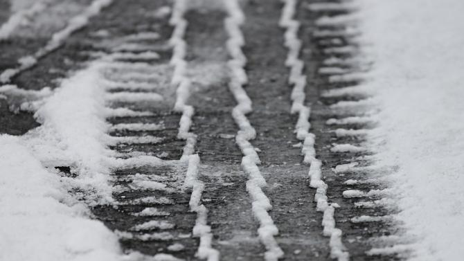 От АПИ призовават шофьорите да тръгват с автомобили, подготвени за зимни условия