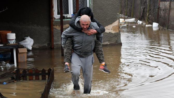 В село Петърч е обявено 7 дневно бедствено положение. Местните