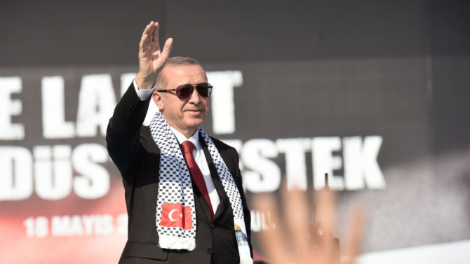Реджеп Ердоган: Може да запълним вакуум в ЕС