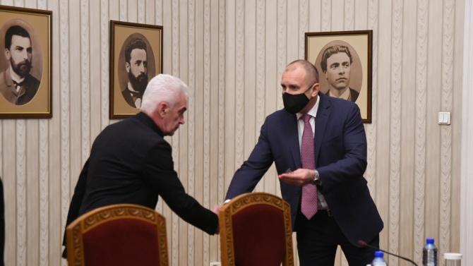 """И """"Атака"""" на консултации при Радев, Сидеров с искания преди изборите"""