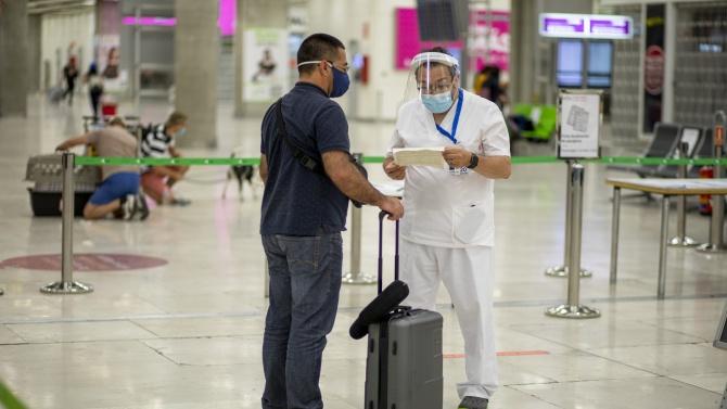 Испания удължава ограниченията за пристигащите от Великобритания