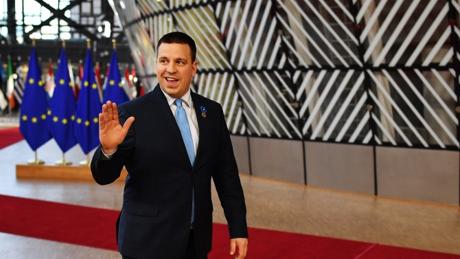 Премиерът на Естония подава оставка във връзка с обвинения в корупция срещу неговата партия