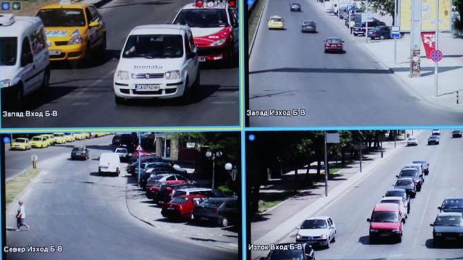 Близо 400 камери следят за нарушения в Русе, има санкционирани шофьори