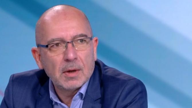 Лекар: 70% от българите веднага ще се ваксинират, ако това е условие да отидат на море в Гърция