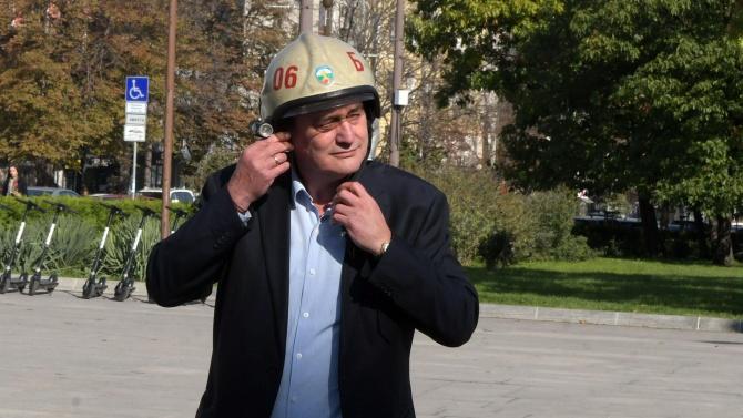 Гл. ком. Николов докладва за обстановката в страната