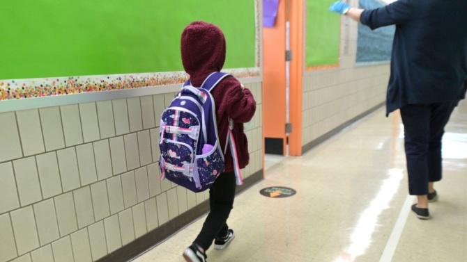 Родители готови на протест: Искаме връщане на учениците в клас