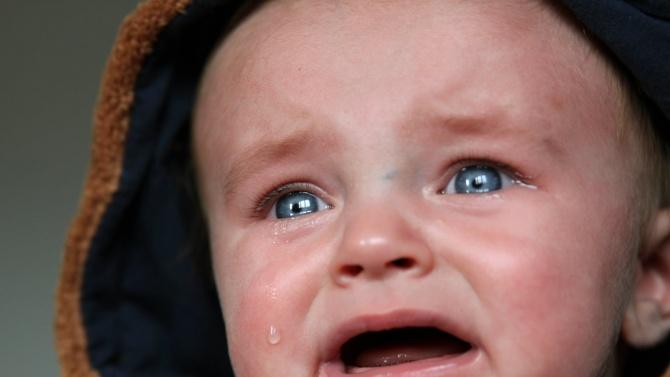 Майка преби 11-месечното си бебе в Мадан