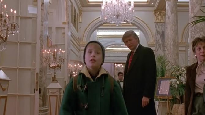 """Маколи Кълкин подкрепи заличаването на Тръмп от """"Сам вкъщи 2"""""""