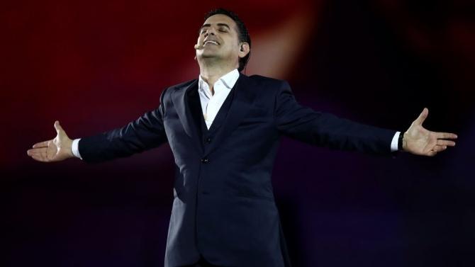 Световноизвестният тенор Хуан Диего Флорес пее със Софийската филхармония