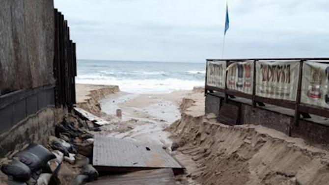 Марияна Николова разпореди проверка на плажовете Созопол-централен и Харманите
