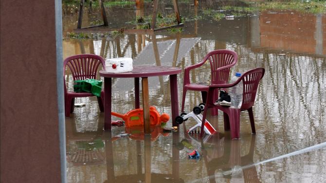 Евакуираните заради наводнението семейства в с. Прибой вече са по домовете си