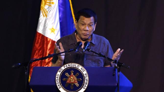 Филипинският държавен глава: Президентският пост не е за жени