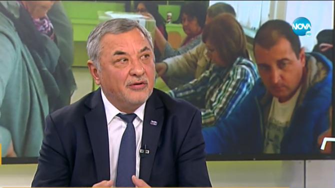 """Валери Симеонов: Президентът и премиерът """"играят"""" заедно за изборите"""