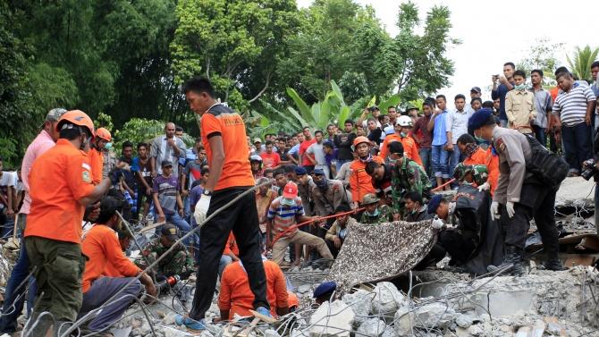 От Външно съобщиха има ли ранени българи при земетресението в Индонезия