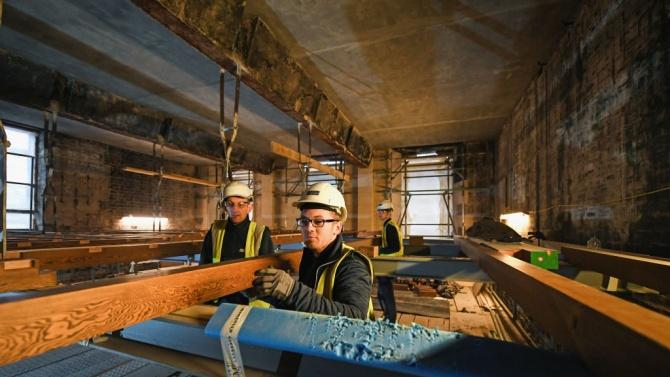 Предстоят реконструкция и ремонт на Летния театър и Младежкия дом в Шумен