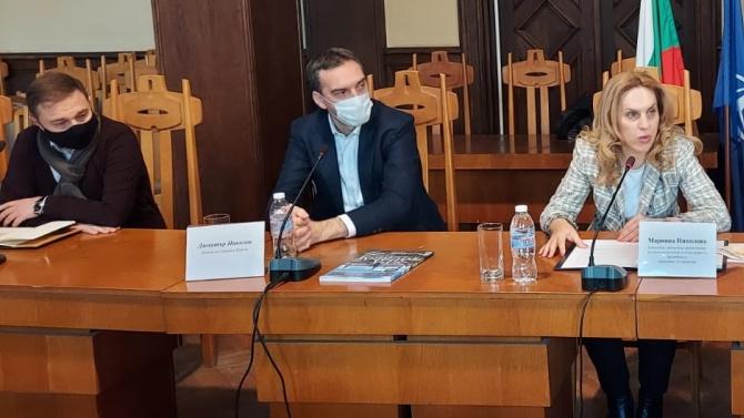 Туристическият бизнес в Бургас поиска от вицепремиера Николова силна рекламна кампания